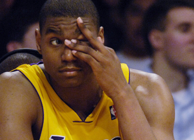 Andrew Bynum Sees What They Got.  File Photo