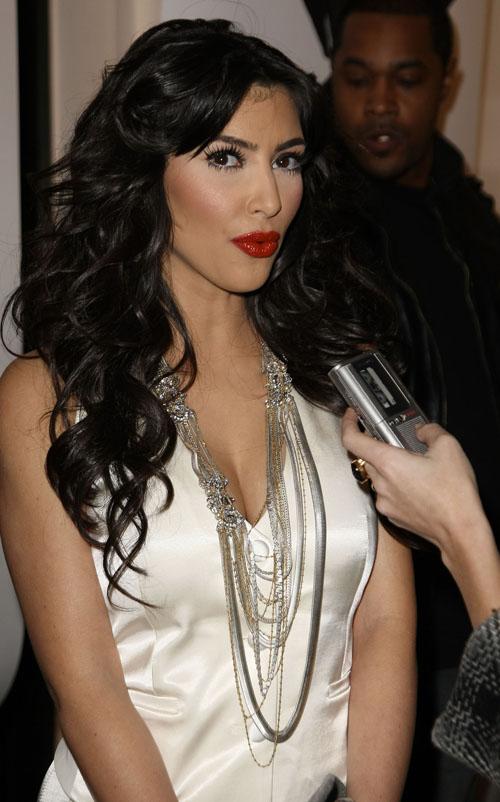 Kim Kardashian Attends New York Fashion Show.  Photo: BauerGriffen.com