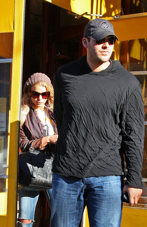 Jessica Simpson & Tony Romo In New York Feb. 13th.  Photo: SplashNewsOnline.com