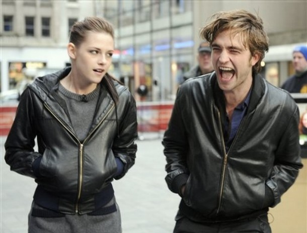 robert pattinson and kristen stewart new moon. Robert Pattinson#39;s B.O. Rank
