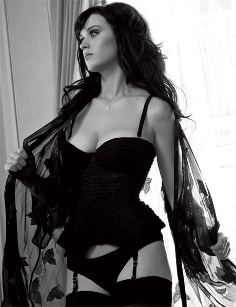 Katy Perry's Black &amp; White Number.  Photo: Esquire.com