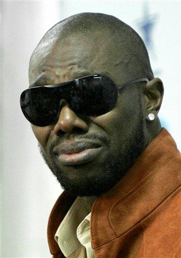 Terrell Owens Gets The Deepest Cut. Photo: (AP Photo/Tony Gutierrez)