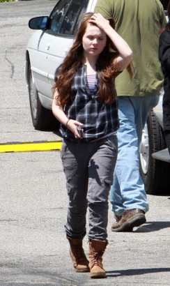 Abigail Breslin On The Set Of Zombie Land. Photo: Flynetonline.com