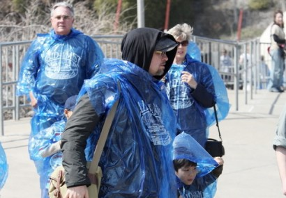 Brad Pitt Is Bringing Ponchos Back.  Photo: NewsSource.com