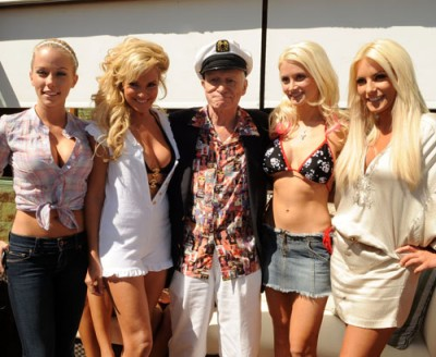 Kendra Wilkinson, Bridget Marquardt, Hugh Hefner, Holly Madison & Brande Roderick.  Photo: Wireimage.com