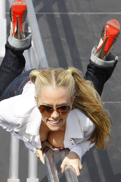 kendra w www.blogspot.com