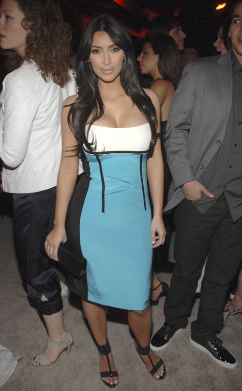 Kim Kardashian Looking 'Dashin' In Blue.  Photo: Gettyimages.com