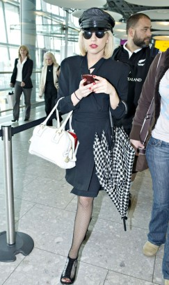 Lady Gaga Leaving Heathrow.  Photo: Flynetonline.com