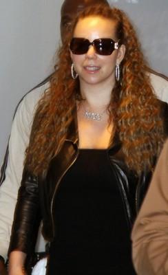 Mariah Carey Heathrow Airport.  Photo: INFDaily.com