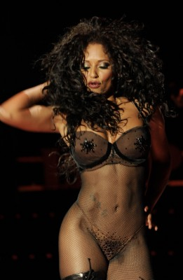 Melanie B. Does Your Body Good.  Photo: Splashnewsonline.com