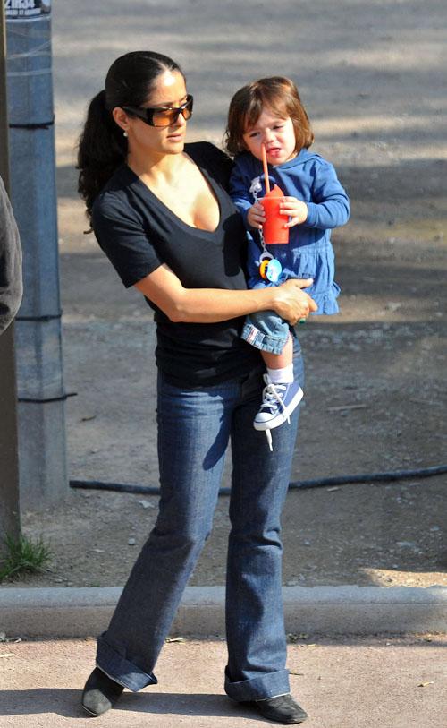 Salma Hayek & Valentina.  Photo: Bauer-Grifffen.com