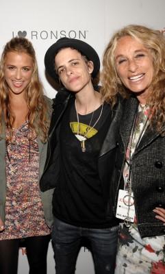 Charlotte Ronson, Samantha Ronson & Ann Dexter-Jones Photo: Wireimage.com