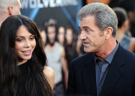 Mel Gibson and Oksana www.wireimage.com