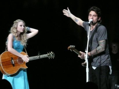 Drfunkenberry.com Exclusive Taylor Swift & John Mayer Photo: Mike Taft