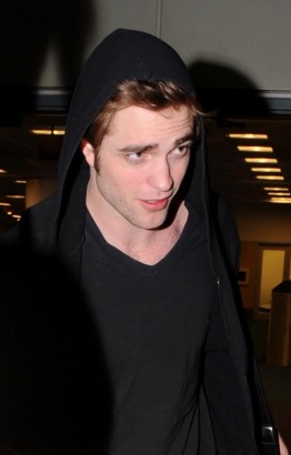 Robert Pattinson Back In Vancouver.  Photo: Splashnewsonline.com
