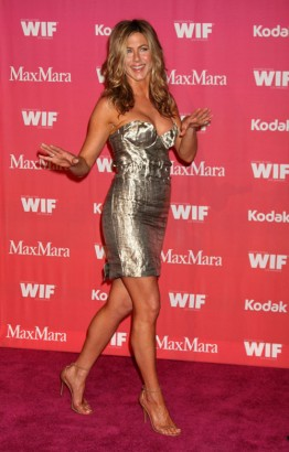 Jennifer Aniston Hits The Women In Films Red Carpet:  Photo: Gettyimages.com