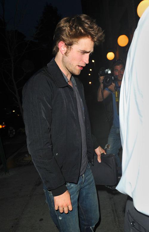 Robert Pattinson Loves NY.  Photo: Splashnewsonline.com