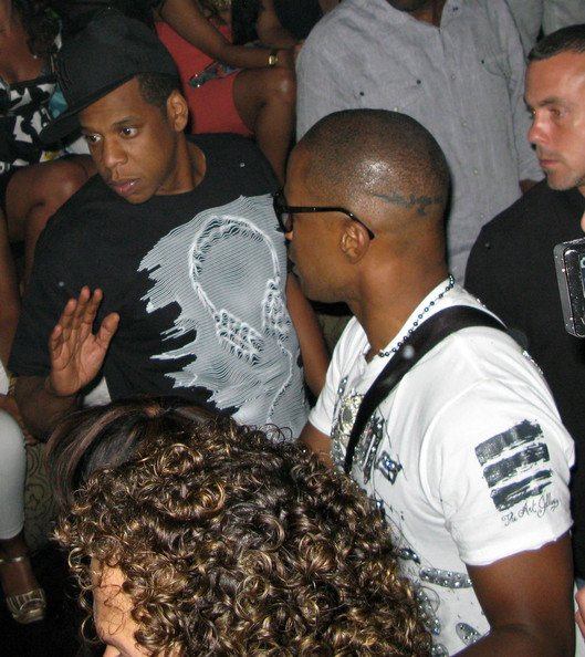 Jay Z & The Back Of Jamie Foxx's Head.  Photo: Flynetonline.com