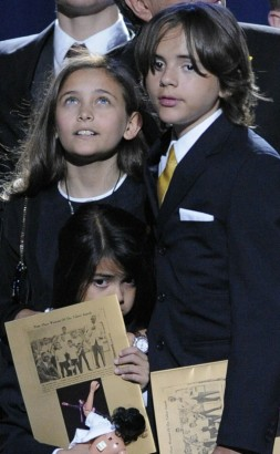 Paris & Prince, Michael Jackson's 2 Kids.  Photo: GettyImages.com