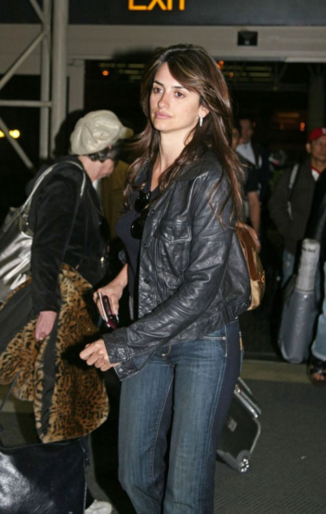 Penelope Cruz LAX WireImage