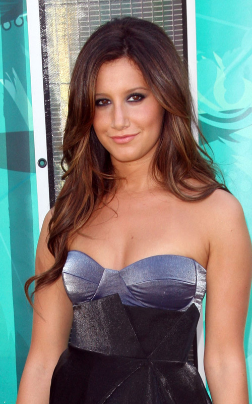 Ashley Tisdale Attends Teen Choice Awards.  Photo: Jason Merritt/Getty Images