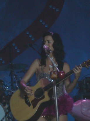 Katy Perry 08/29/09 Photo: Dr.Funkenberry