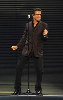 George Michael performs, August 2008. Photo: theinsider.com