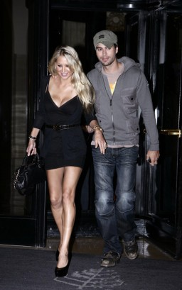 Anna Kournikova & Enrique Iglesis In Paris. Photo: SplashNewsOnline.com