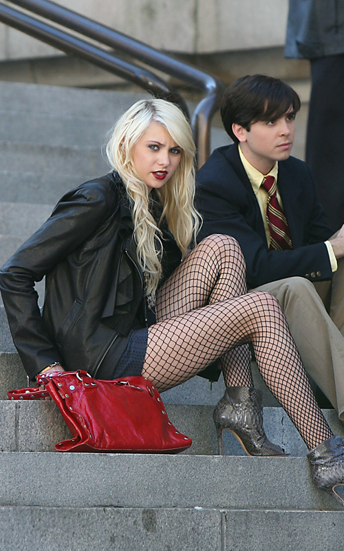 Taylor Momsen On Gossip Girl Set. Photo: SplashNewsOnline.com
