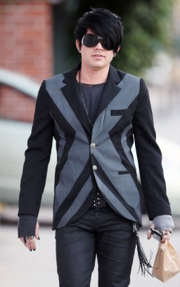 Adam Lambert In L.A. Photo: SplashNewsOnline.com