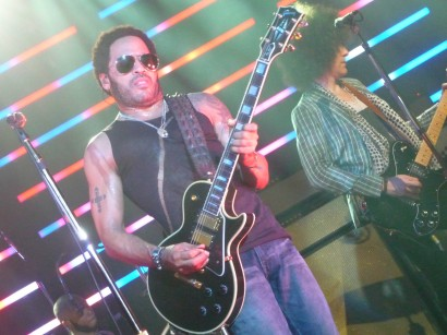 Lenny Kravitz Performs At The Fillmore. Photo: According2g.com