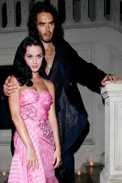Katy Perry & Russell Brand Attend Galliano Fashion Show. Photo: APimages.com/Thibault Camus