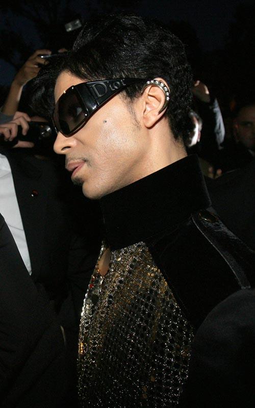 Prince Attends - Yves Saint Laurent Fashion Show Photo:Flynetonline.com