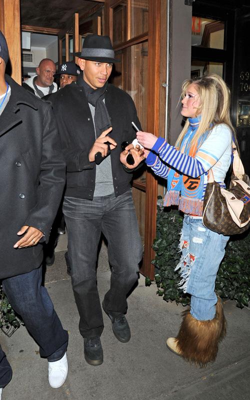 Alex Rodriguez & Jay Z Hang Out.  Photo: SplashNewsOnline.com