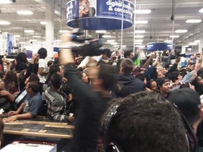 Best Buy Lada Gaga Instore Madness.  Photo: Cherrytree Records