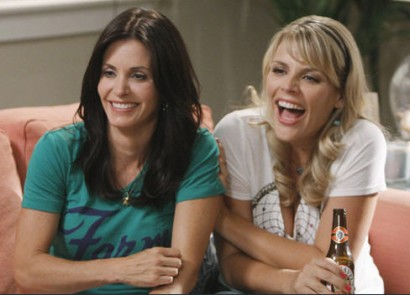 Courteney Cox and Busy Philipps in Cougar Town (ABC)