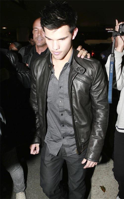 Taylor Lautner.  Photo: FlynetOnline.Com