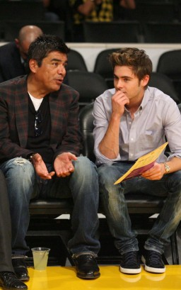 Zac Efron &amp; George Lopez. Photo: SplashNewsOnline.com