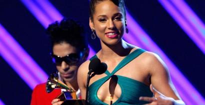 Alicia Keys with Prince, 2008 Grammy Awards | mtv.com