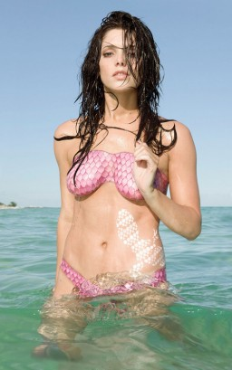 Ashley Greene.  Photo: Sobe Life Water Campaign