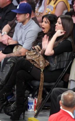 Kim & Khloe Kardashian.  Photo: SplashNewsOnline.com