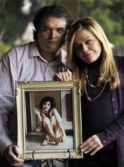 Simon Monjack & Sharon Murphy.  Photo: (AP Photo/Chris Pizzello)