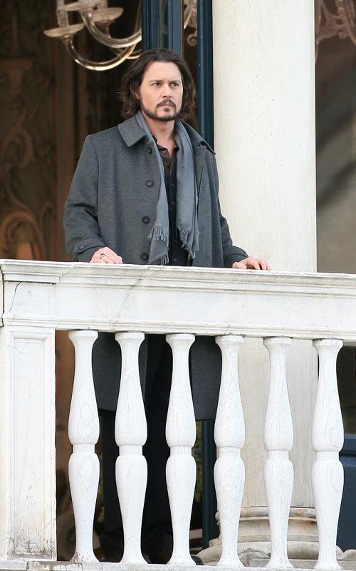 """Johnny Depp On The Set Of """"The Tourist"""" Photo: INFdaily.com"""