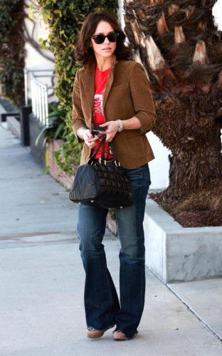 Jennifer Love Hewitt.  Photo: Flynetonline.com