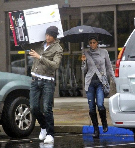 Gabriel Aubry and Halle Berry in Marin, CA | nationalphotogroup.com