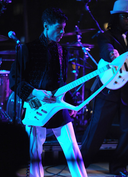 Prince performs at the Time 100 Gala, May 4, 2010