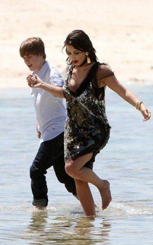Justin Bieber & Kim Kardashian. Photo: SplashNewsOnline.com