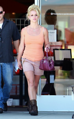 Britney Spears. FamePictures.com