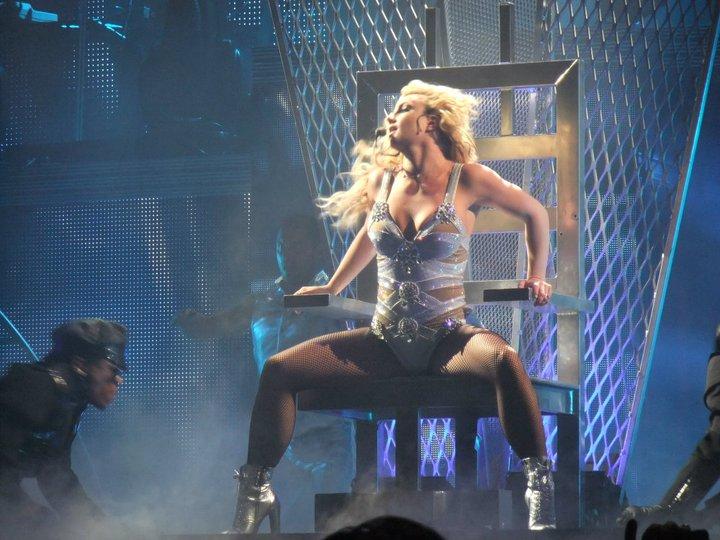 Britney Spears Photo: Twitter.com/HelloHouston
