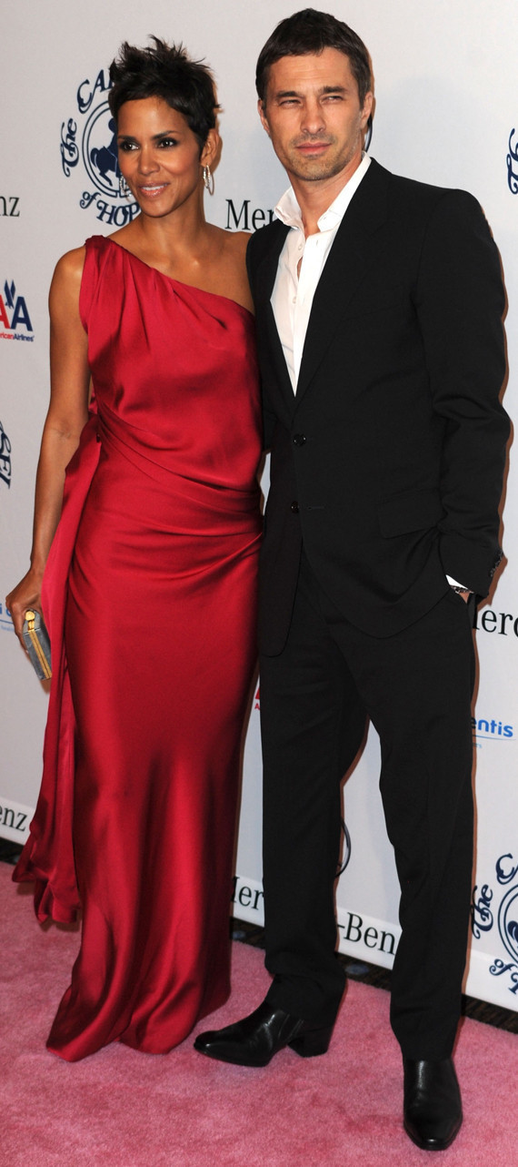 Halle Berry &amp; Oliver Martinez. Photo: GettyImages.com